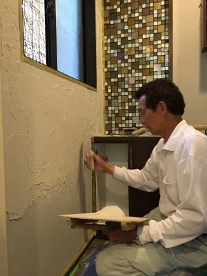 酸性白土塗り壁材深呼吸 (壁施工②)
