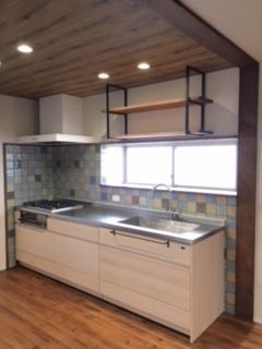 キッチン設置完成