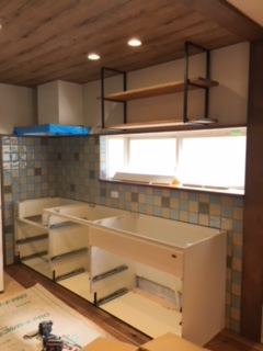 キッチンキャビネット設置